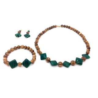 Jewelry set necklace, bracelet and earrings made of olive wood and green applications handmade Mallorca wood jewelry